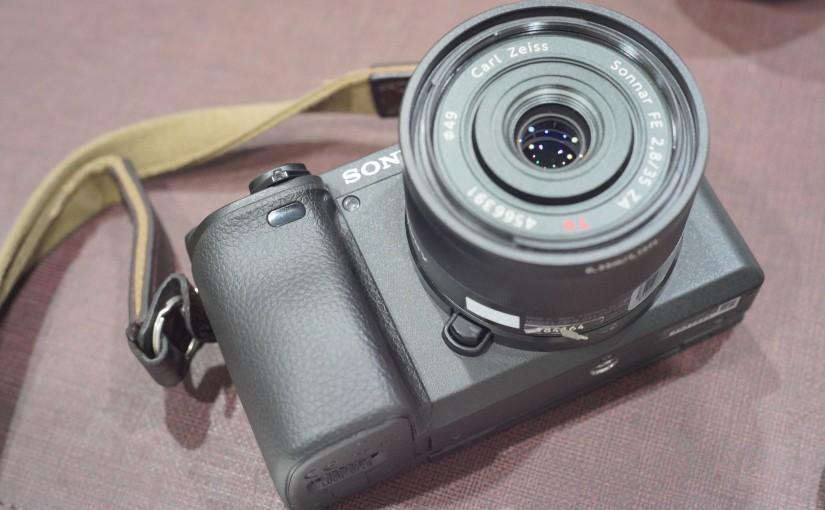 人は何故単焦点レンズを使うのか。